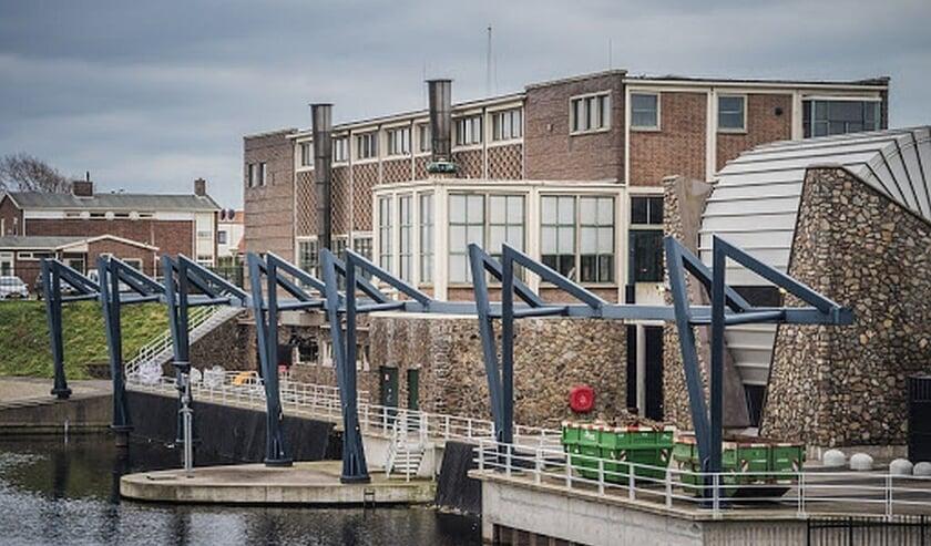 <p>Om gemeenten te ondersteunen bij de organisatie van de verkiezing bieden waterschappen en provincies aan hun gebouwen en mensen in te zetten.</p>