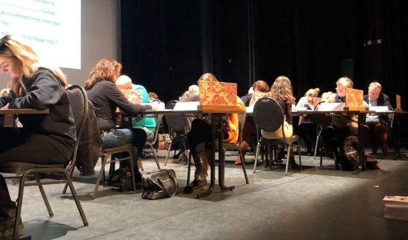 Dit jaar is het Groot Dictee niet in Parkgebouw Rijssen, maar online