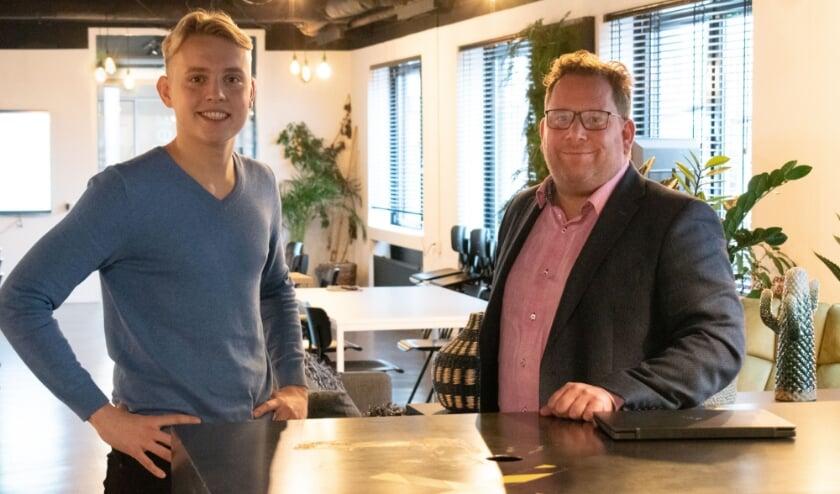 <p>Felix Wolberink van Dreesz (links) is blij met huurder Maarten Jaarsma (rechts). Maarten is weer blij met zijn nieuwe plek bij Dreesz.</p>