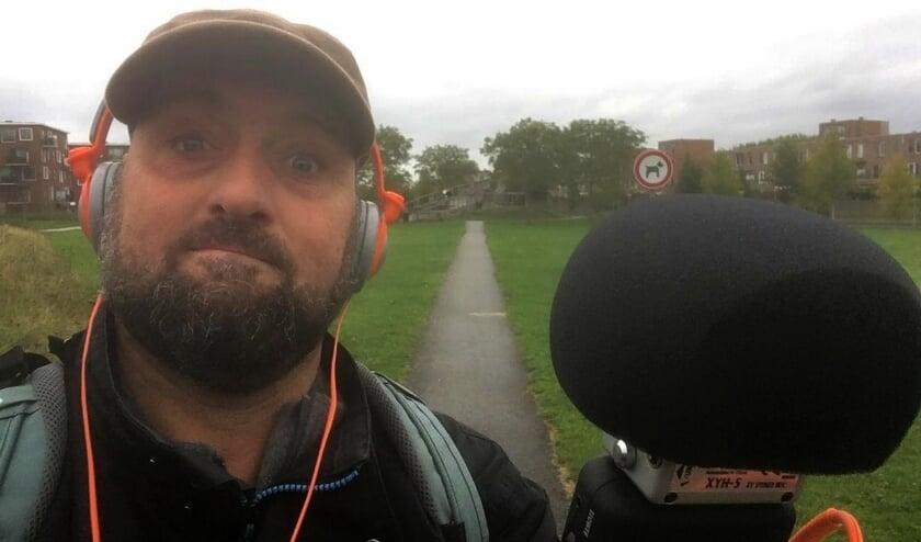 <p>Hans Jungerius neemt luisteraars mee op ontdekkingsreis in eigen stad. (Eigen foto)</p>