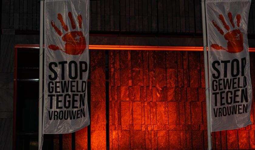 <p>Arnhem is dit jaar de Nederlandse gaststad voor de campagne Orange the World: zeg NEE tegen geweld tegen vrouwen.&nbsp;</p>