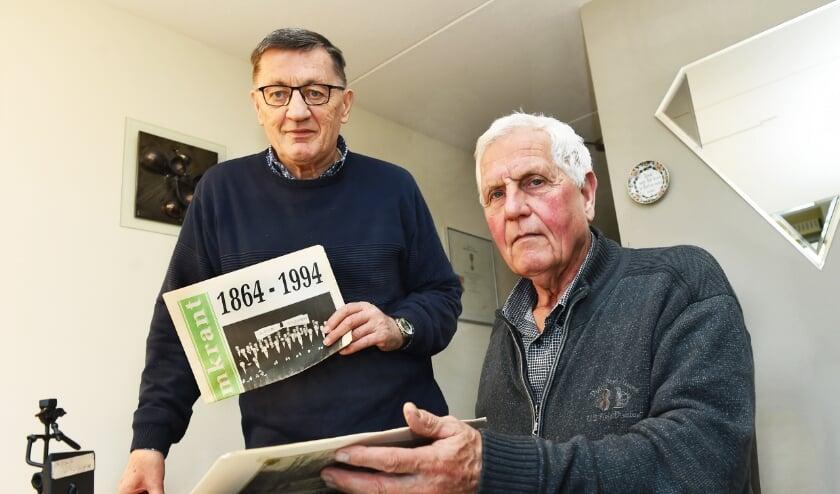 Theo Wolters en Wim Uenk. (foto: Roel Kleinpenning)