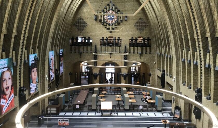 <p>Ook de bibliotheek op het Neude kan weer bezoekers verwelkomen.</p>