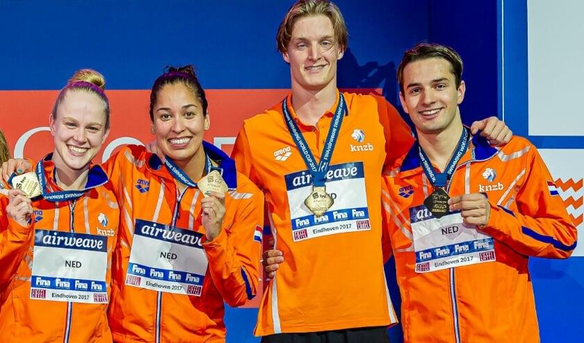 <p>Vier topzwemmers: Maaike de Waard, Ranomi Kromowidjojo, Thom de Boer en Arno Kamminga. (Foto: KNZB/Kees-Jan van Overbeeke)</p>