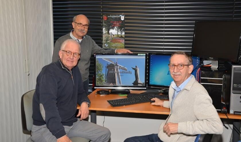 <p>Van links naar rechts Arjen Schat, Harrie van Vroenhoven en Hans van Empel.</p>
