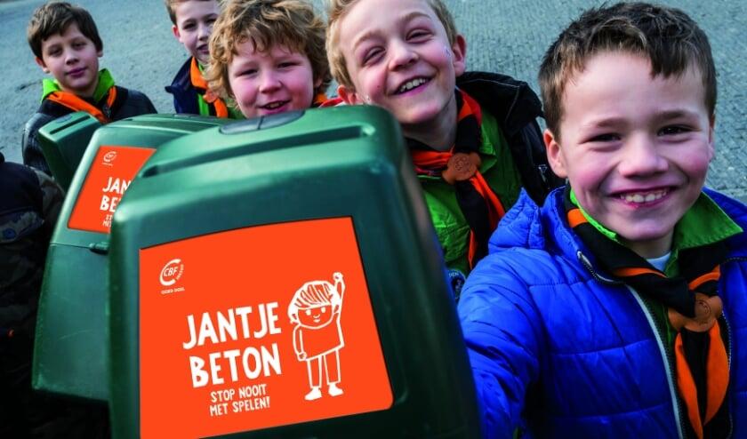<p>Van maandag 8 t/m zaterdag 13 maart 2021 gaan ruim 40.000 vrijwilligers langs de deuren om geld op te halen voor de eigen clubkas en voor projecten van Jantje Beton.</p>