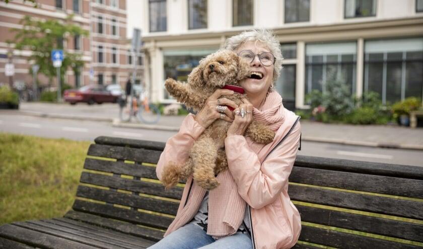 <p>Een hond zorgt er voor dat Utrechtse ouderen gelukkig zijn en gezond blijven. Foto: www.bramkloos.com</p>