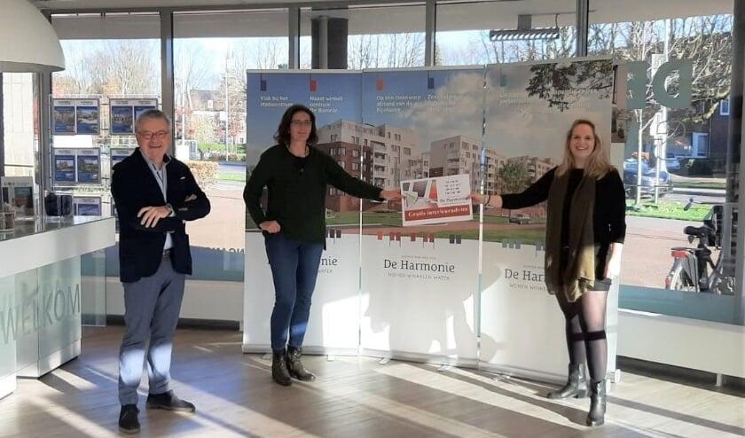<p>Deerenberg & Van Leeuwen Makelaardij heeft afgelopen week de 150ste nieuwbouwwoning verkocht in het Rijnhavengebied in Alphen aan den Rijn. Foto: PR</p>