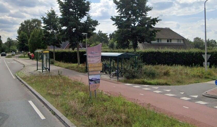 <p>Op veertien plekken in Ermelo staan oranje gekleurde welkomstborden, deze zijn toe aan vervanging.&nbsp;</p>