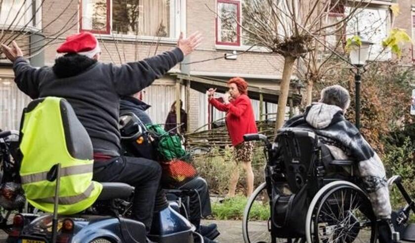 Jopie Parlevliet enthousiast ontvangen bij De Steenplaat.