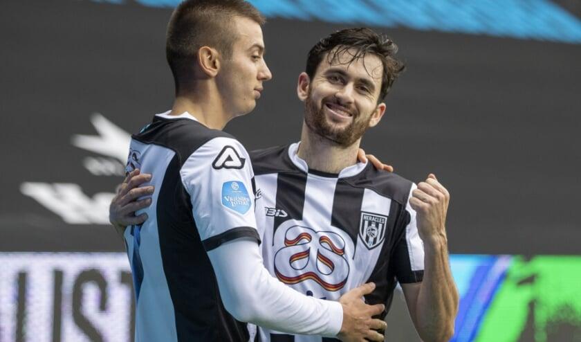 <p>Luca de la Torre is blij tijdens Heracles - FC Utrecht in Erve Asito. (Foto:nesimages)</p>