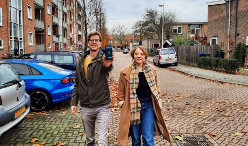 <p>Frank Goethals en Al&egrave;ne Moor willen met hun project locaties en initiatieven een persoonlijke lading geven. (Foto: Roos Lambooij)</p>