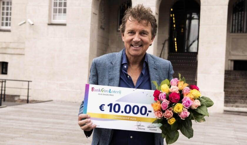 <p>Loterij-ambassadeur Robert ten Brink.&nbsp;</p>