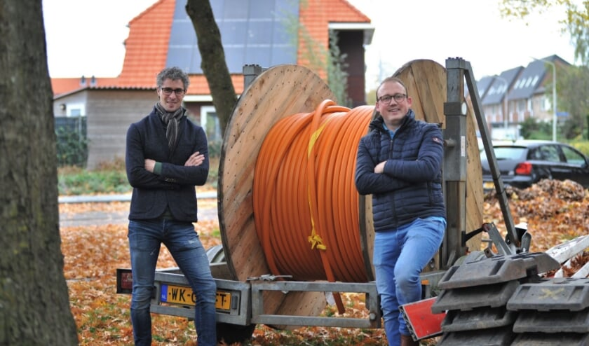 <p>Thijs Aardema en Ruben Budding willen snel glasvezel in de gemeente Renkum. Foto: gertbudding.nl </p>