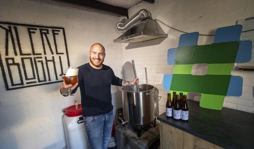 <p>&nbsp;Danny de Kleer heeft van zijn hobby zijn beroep gemaakt: hij brouwt zijn eigen bier.</p>