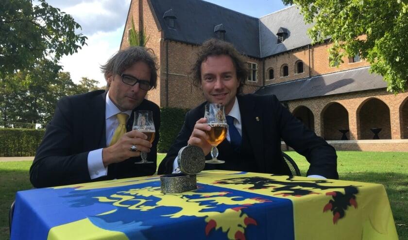 <p>Ridders Bas Steman en René Arendsen.&nbsp;</p>