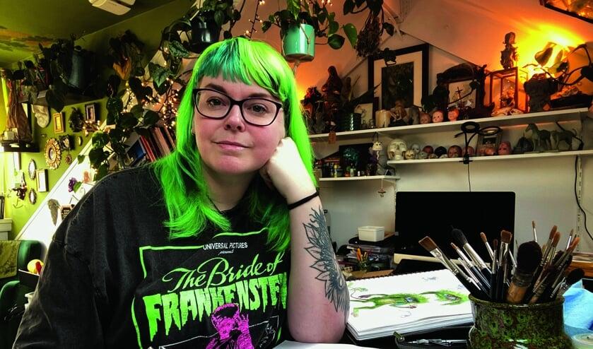 <p>Als kind was Iris Compiet al groot fan van het werk van illustrator Brian Froud, de ontwerper van de poppen van fantasyfilm 'The Dark Crystal'.</p>
