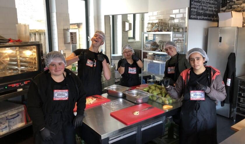 'De crew van Rotterdamsche Confituur is klaar voor de challenge!'