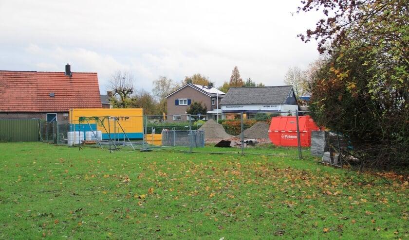 <p>Woningbouw in Groessen krijgt gestalte op de locaties 'Onder de Toren' en 'Bosman' gelegen in de hoek van Dorpstraat en Heiliglandsestraat.</p>