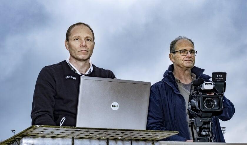 <p>Mark van der Waaij (links) en Stephan Mosheuvel: goud waard voor KCC. (Foto: Wijntjes Fotografie)</p>