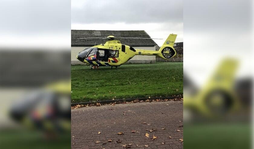 <p>Opeens was &#39;ie in Boskoop te zien: de traumahelikopter. Foto: Elza Huber</p>