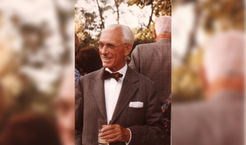 <p>De in Tilburg geboren Charles Monaigne was een modekoning met koninginnen als klant. Lees alle verhalen op bhic.nl/modeontwerpers.</p>