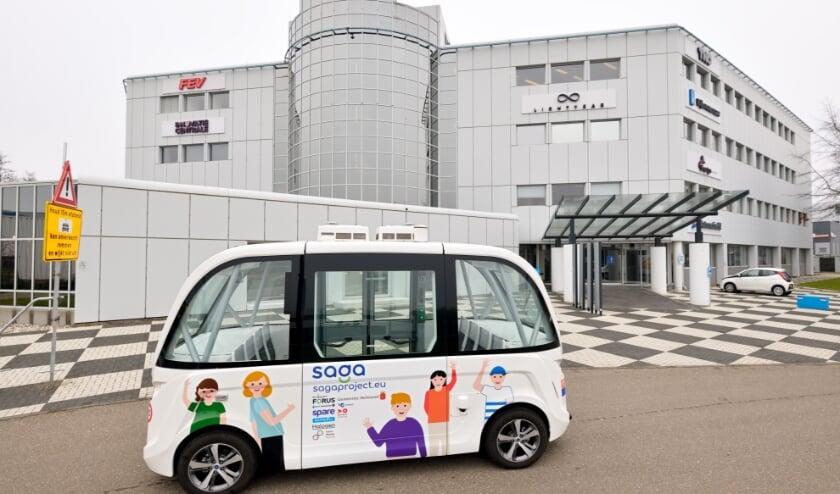 <p>De zelfrijdende minibus rijdt tussen de Automotive Campus en Station Brandevoort.&nbsp;</p>