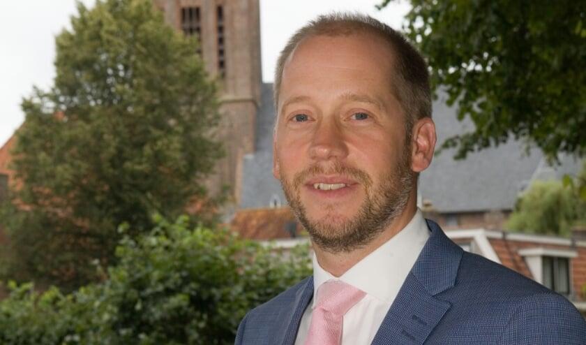 """<p>Burgemeester Jan Nathan Rozendaal: """"We wonen in een prachtige omgeving."""" (Foto: gemeente Elburg)&nbsp;</p>"""