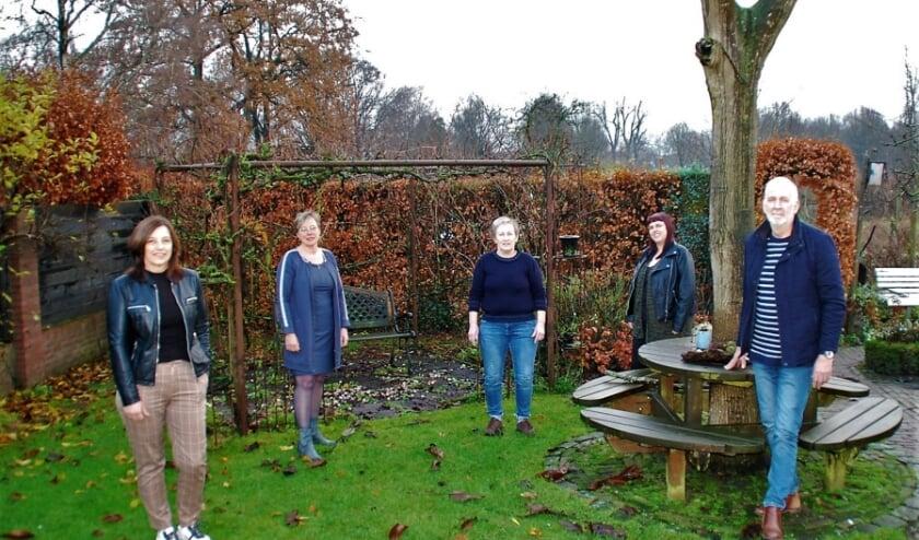 Het team Dorpsondersteuners: Claran van Gerven (buitengebied en Moorland), Hennie Deenen (Oostelbeers), Tiny van de Ven (Oirschot), Loes Kolsters (Middelbeers), Nico van der Borne (Stille Wille).