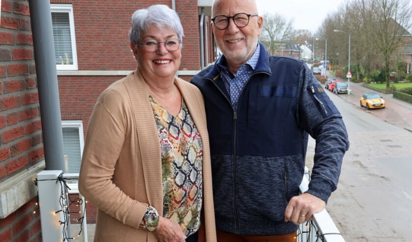 <p>Martin van Mierlo (72) is net verhuisd naar een gloednieuw appartementencomplex in Oerle en hoopt hiervan lang te kunnen genieten, samen met zijn Joke. FOTO: Bert Jansen.</p>