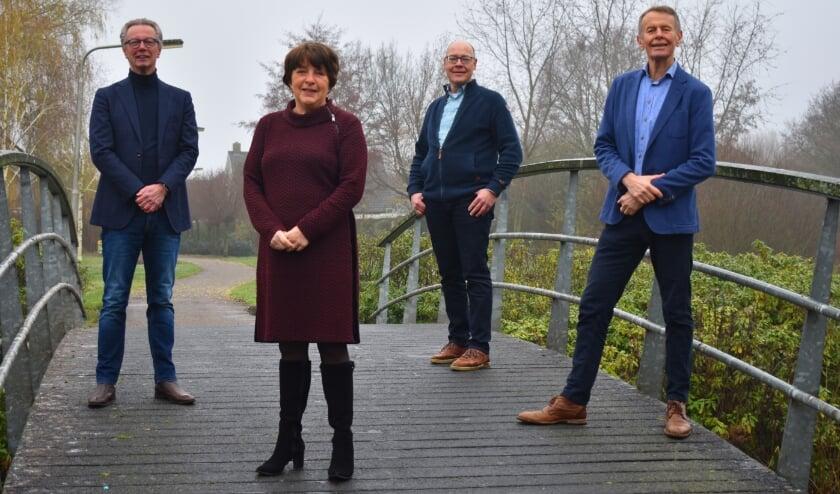 Bert Klaas, Roselien Slagers, Jan Sasbrink en Aalsen Everts van Progressief Wierden. (Foto: Van Gaalen Media)
