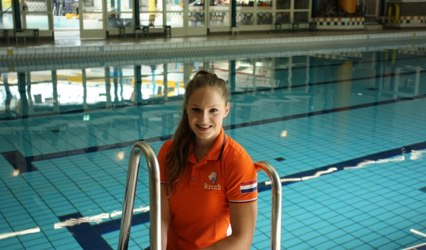 <p>Chantalle Zijderveld (foto) zwom met Rogier Dorsman afgelopen dagen verschillende limieten. (Foto: Nanda van Heteren)</p>