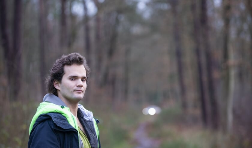 <p>De Wandeling van de week wordt deze keer gelopen met ex-Epenaar Gunnar van der Stelt die tegenwoordig woont in Berlijn. Zijn &#39;road to nowhere&#39; leidt uiteindelijk altijd naar een lichtpuntje. Foto: Dennis Dekker, www.mediamagneet.nl&nbsp;</p>