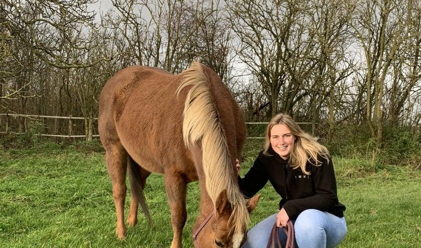 <p>Als kind was Imke Minderhoud (23) uit Nieuwvliet al graag sportief bezig.</p>