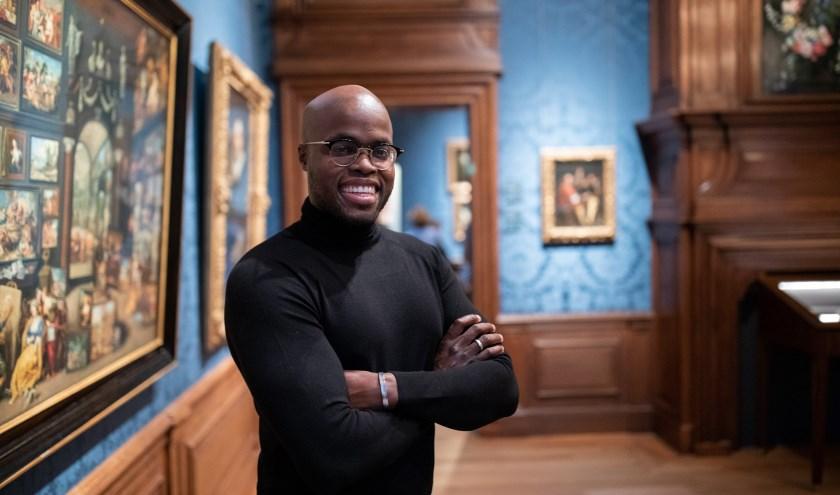 Jandino Asporaat is voor één avond directeur van het Mauritshuis