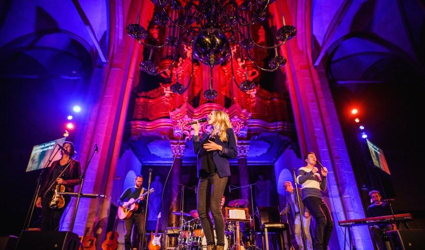Sela wil samen met de bezoekers van de concerten het licht van Pasen verwelkomen. (Foto: Henri Doornbos)