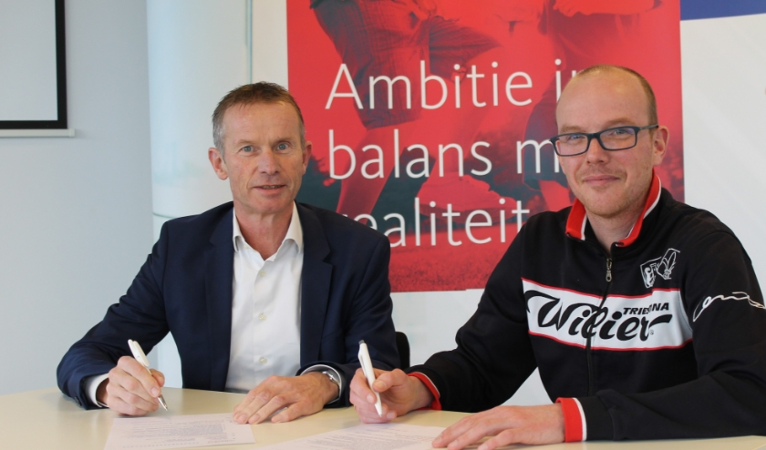 Jos Bongers van KroeseWevers (links) en Mathijs Wiggers van Archeus: 'Contract is ondersteund voor activiteiten in sport en bewegen'.