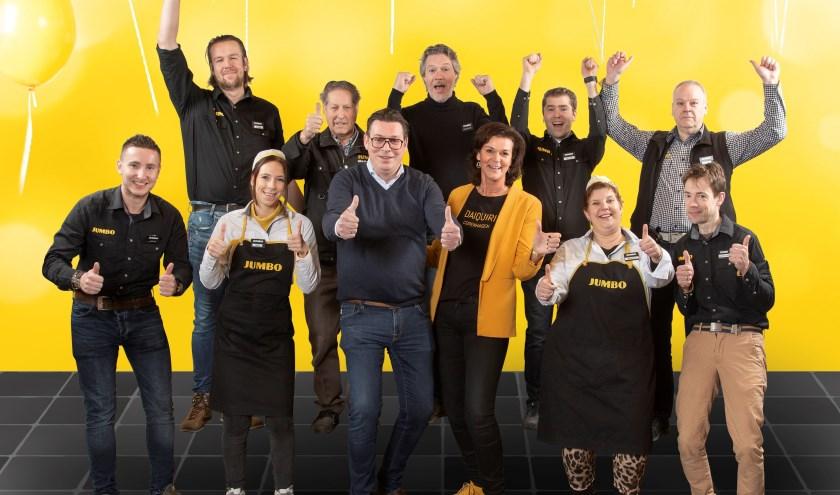 Ondernemers Franc en Caroline Sluijs en hun team tijdens de 7 Zekerheden training van de Jumbo Academy op het hoofdkantoor van Jumbo Supermarkten in Veghel.