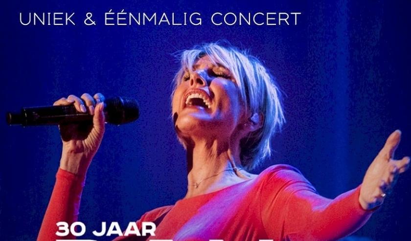De Belgische Diva Dana Winner viert dit jaar haar 30-jarig jubileumfeest.