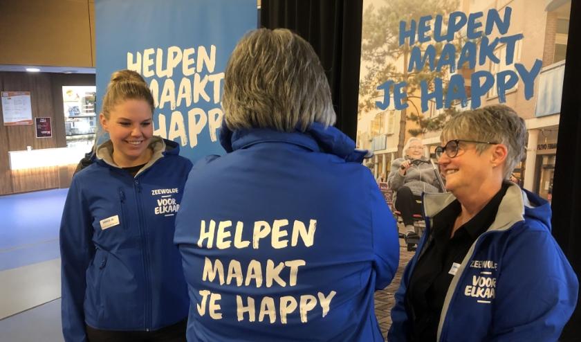 De introductie van het vrijwilligersplatform www.zeewoldevoorelkaar.nl in februari dit jaar. (foto: Max Wolters)