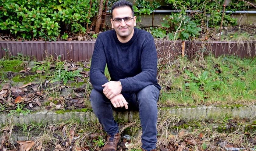 """Soheil Yazdani Rad: """"Ik wil mijn tijd niet verspillen, ik wil actief zijn, mij nuttig maken voor de lokale samenleving"""" (foto Jan Boer)"""