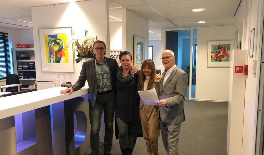 Het bestuur van de pas opgerichte stichting met v.l.n.r. Bestuur v.l.n.r. Hans Doeve, Margo Geelhoed, Pritha Maheswari en Bert Kortekaas