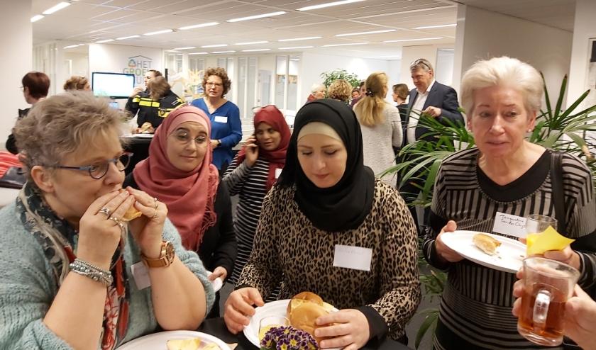 Samen aan het werkontbijt in Het Groene Huis aan de Hogeweg in Zaltbommel.