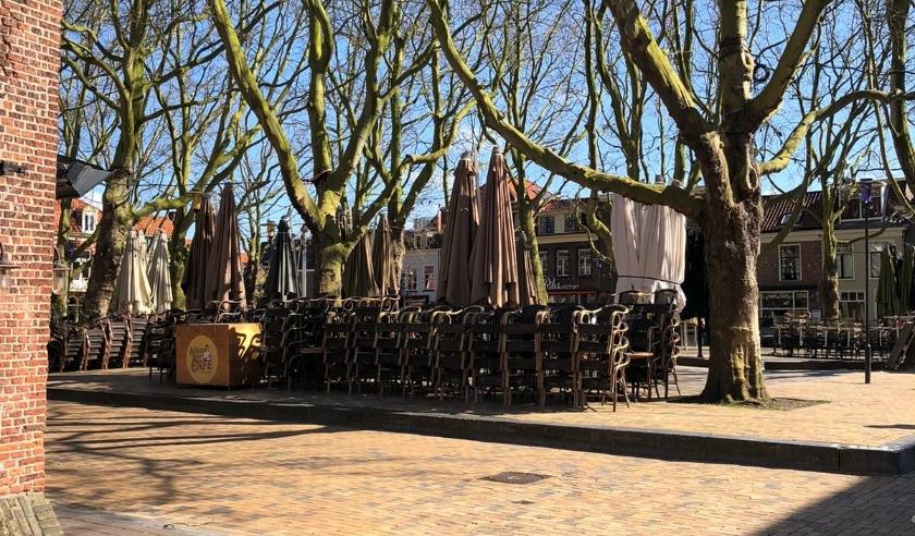 De Delftse terrassen blijven helaas minimaal tot en met 28 april gesloten.