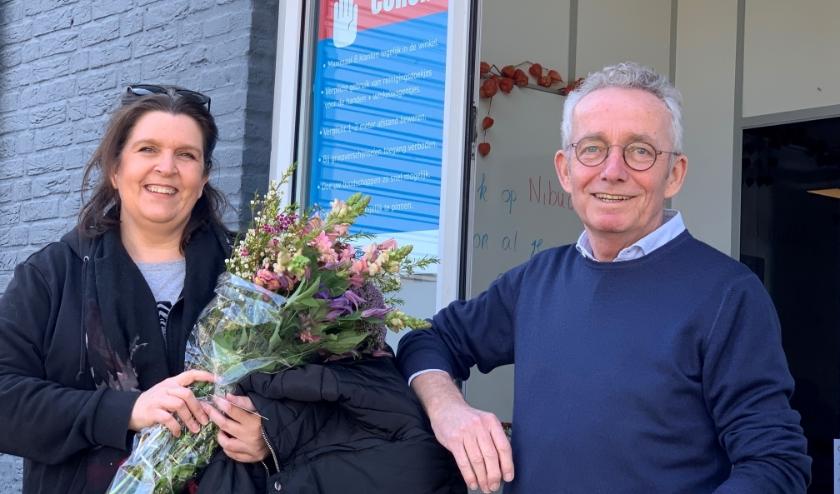 Anne-Marie en Joop van Stiphout, de winkelmanager van Super Sociaal.