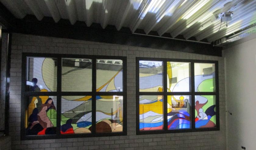 De ramen in de nieuwbouw