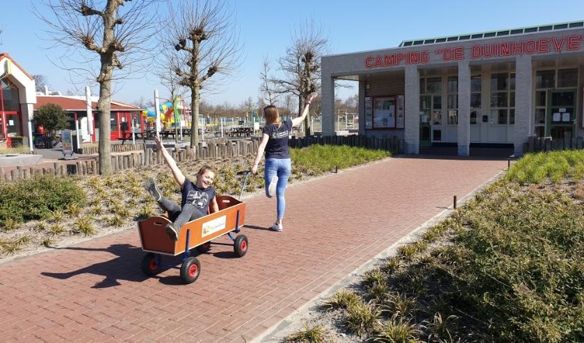 Op De Duinhoeve in Burgh-Haamstede is het rustig. Medewerkers kijken uit naar betere tijden. FOTO: De Duinhoeve