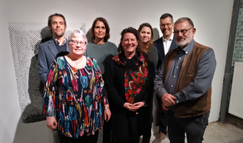 Thomas van der Ham, Marit Janssens, Pauline Huntjens, Simone Regouin, Eveline Wentzel, Joost Reus, Pierre van der Schaaf. (Niet op de foto: Birgit Dulski)