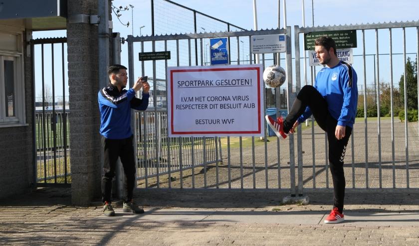 Jari Bezembinder (links) en Jorden Sok van het #WVFchallenge-team.