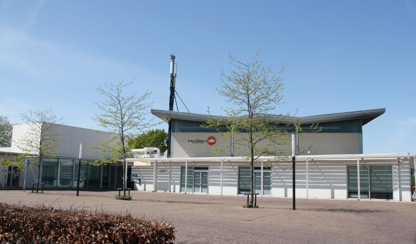 Kulturhus De Nieuwhof aan de Rivierweg.